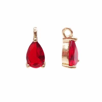 Charms in ottone con strass rosso scocca oro 8.7x4.3 mm 1 pz