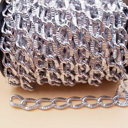 Catene Alluminio | Catena alluminio maglia ovale intagliata argento 16x11 mm 50 cm - na22
