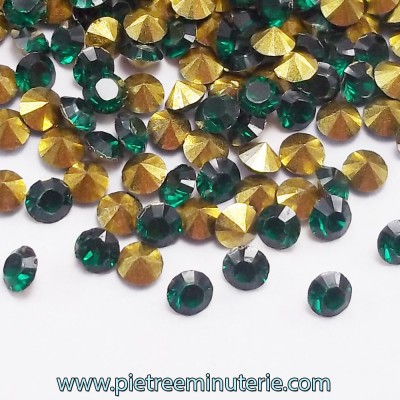 DIAMANTINI MICRO 3 MM VERDI CON BASE ORO PACCO 5 GR