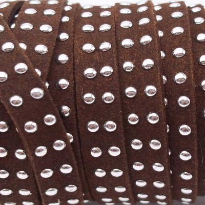 Laccetto in alcantara borchiato marrone 10 mm pacco 1 metro