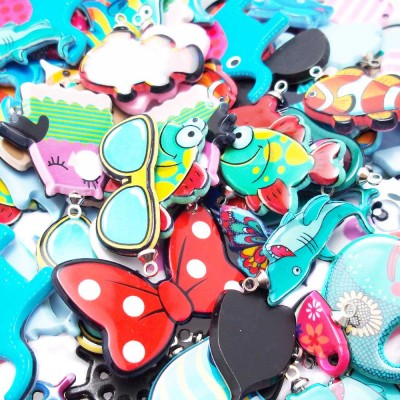 Stock estate charms in resina varie misure pacco 10 pz